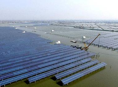 太阳能电站清洗